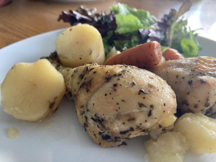 Crock-Pot Chicken Drumsticks and Potatoes