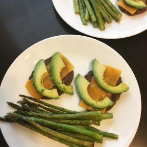 Burgers and asparagus #grocerybudget #lowcarbonabudget